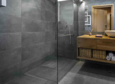 The Tiled Showers With Bathroom Underfloor Heating Trend